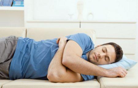 Боль в тазобедренном суставе лежа на боку