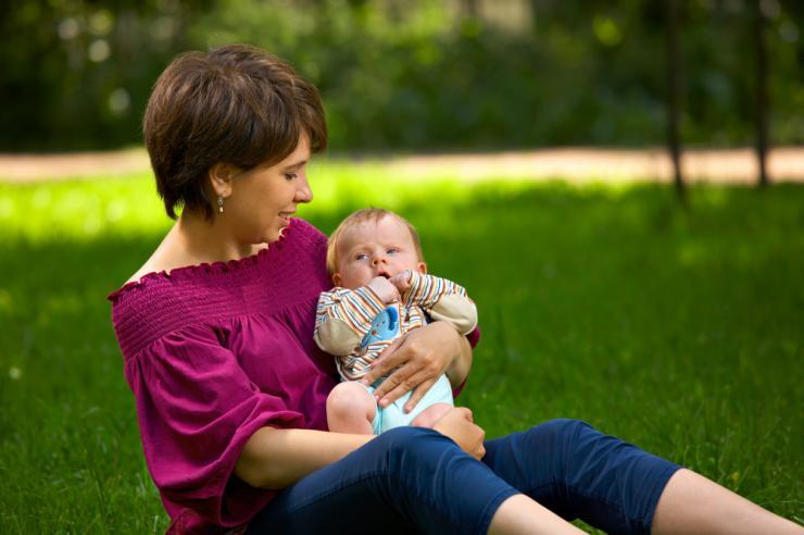Причины сухой кожи на коленях у ребенка
