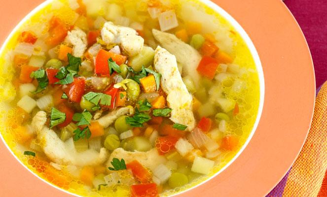 Овощной суп с курицей одно из самых полезных блюд