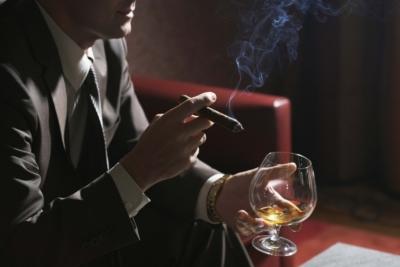 Обзор видов виски бренда Синглтон. Как правильно подавать и пить?
