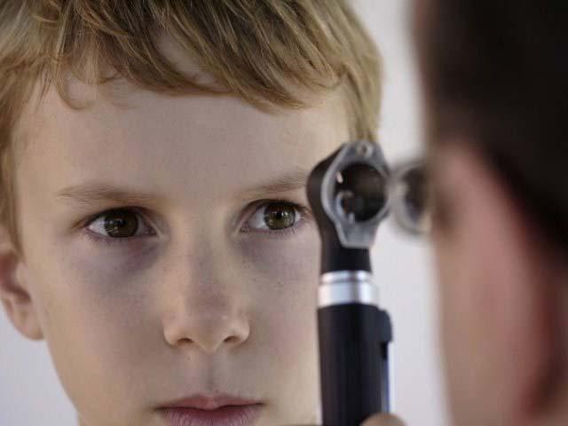 осмотр глазного дна у детей
