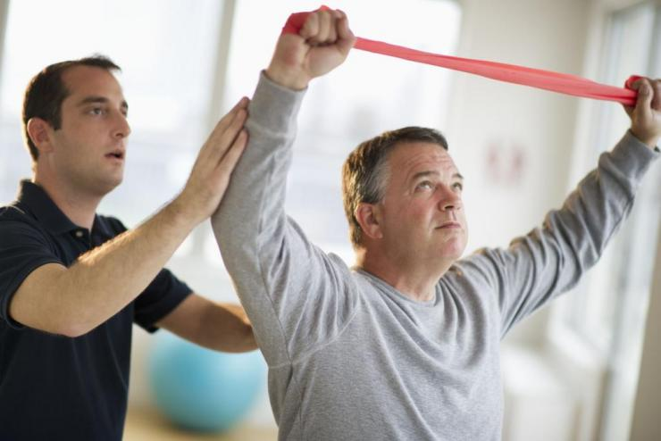 Особенности реабилитации после перелома бедра