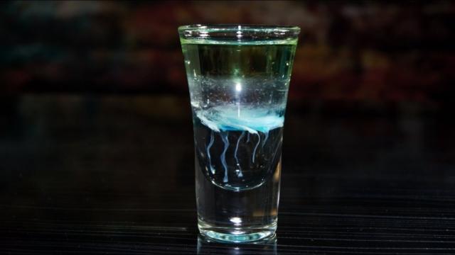 Рецепты популярных коктейлей на основе Бейлиса. Как и с чем смешивать сливочный ликер?