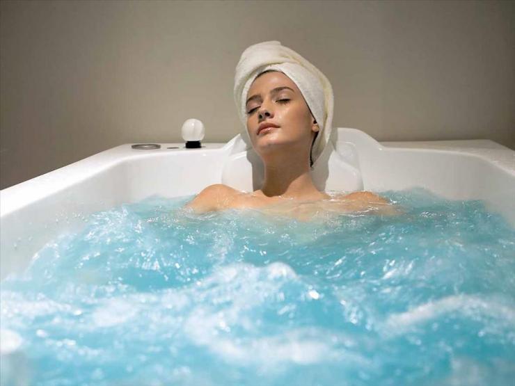 Лечение варикоза солевыми повязками и ваннами