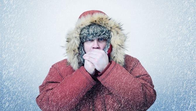 Мужчине холодно
