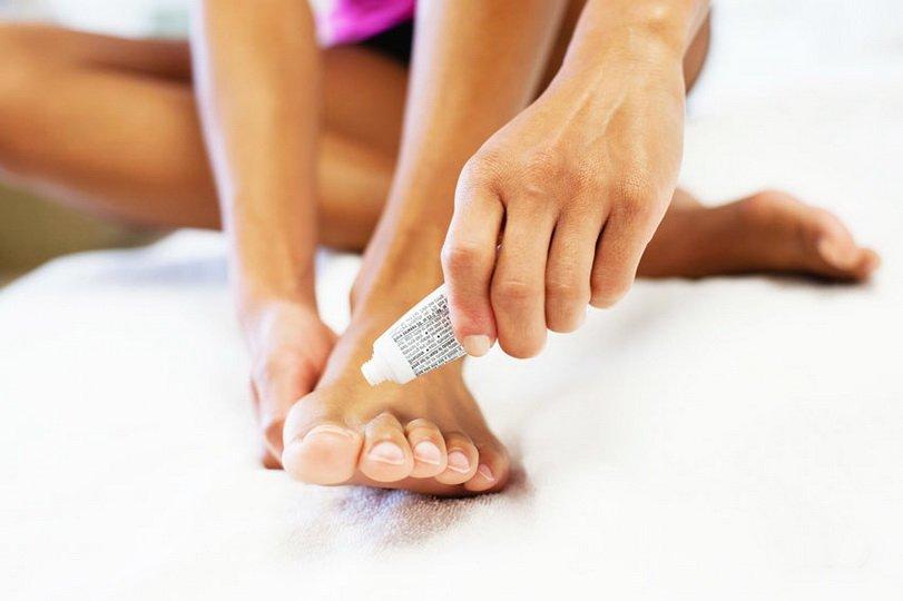 Как размягчить пораженный грибком ноготь?