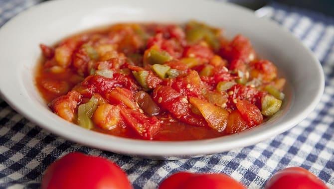 Тушеные помидоры