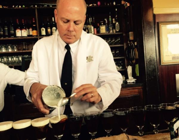 Ирландский кофе (Irish Coffee) история и рецепт коктейля