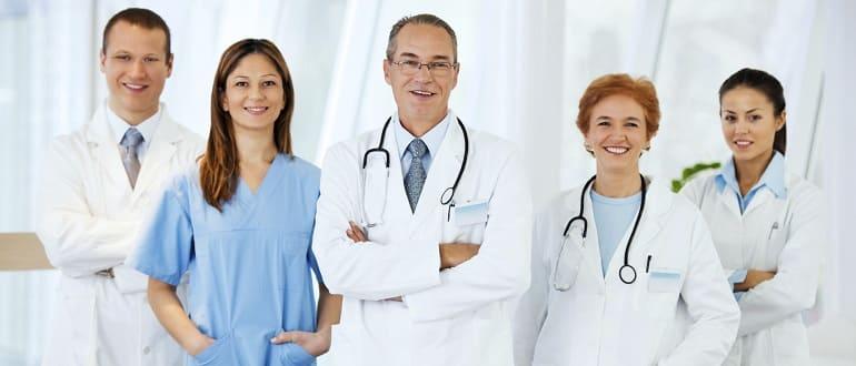 К какому врачу обратиться, если болят почки: от терапевта до диетолога