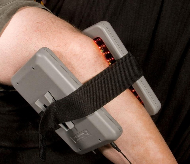 Магнитный наколенник при артрозе коленного сустава, магниты для лечения