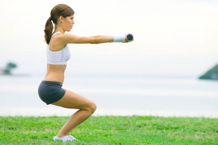 Комплекс упражнений для ног при больных коленях