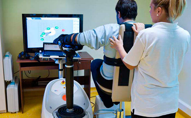 Роботизированный тренажер после инсульта