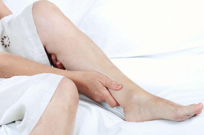 Как делать массаж ног беременным при отеках