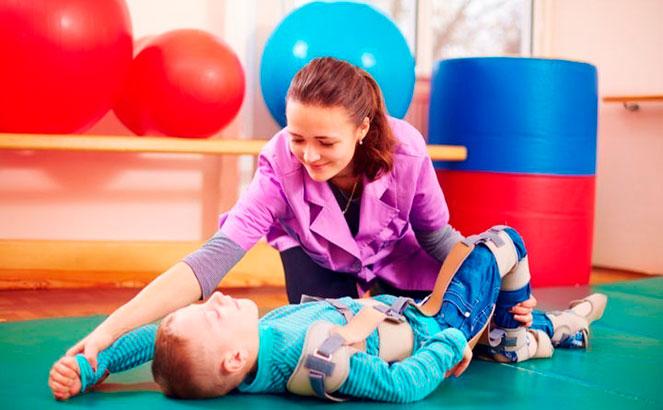 Проведение реабилитационных упражнений при ДЦП