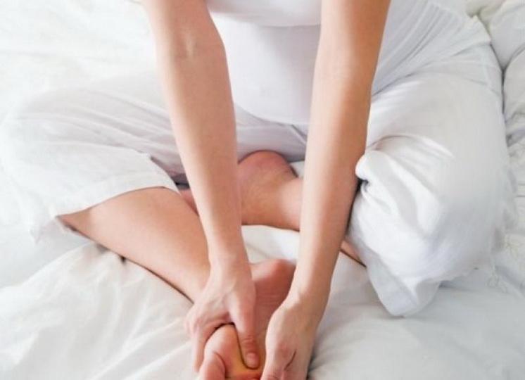 Что делать, если отекают ноги при беременности?