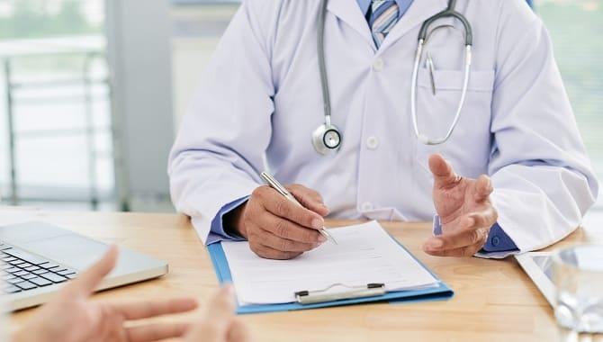 Почему бывает воспаление яичка у мужчин и как это лечить