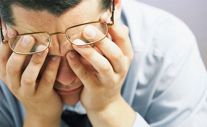 Выполнение методики восстановления зрения по Бейтсу