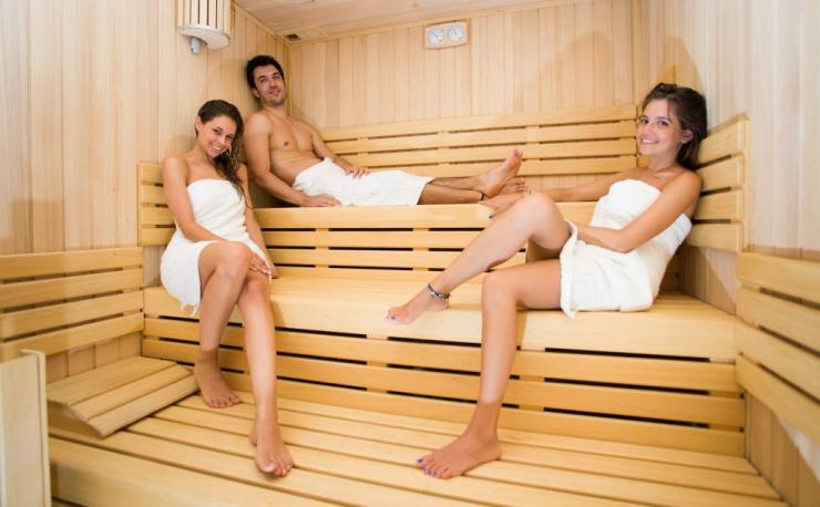Польза и особенности проведения лимфодренажного массажа ног