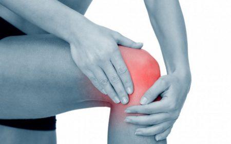 Боль в колене сбоку