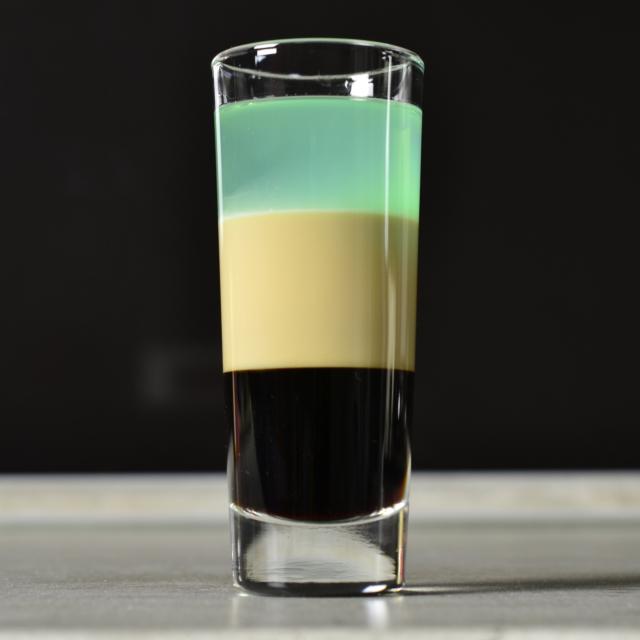 Рецепты коктейлей на основе ликера Малибу. Как готовить миксы в домашних условиях?