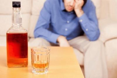 Стоит ли употреблять алкоголь при гастрите и какие виды спиртного можно пить при этой болезни?