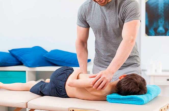 Мануальная терапия для детей при травмах опорно-двигательного аппарата
