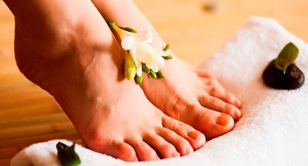 Какие мочегонные препараты рекомендованы при отеках ног?