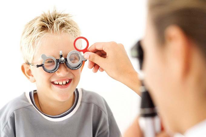 лечение миопии у детей