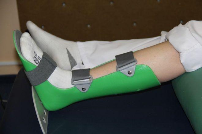 Использование сапожка при переломе шейки бедра