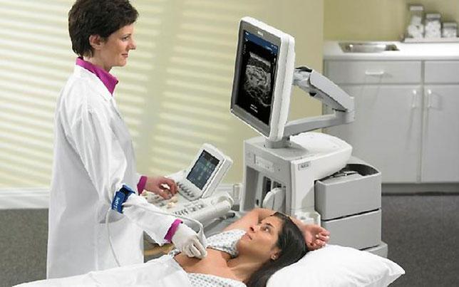 Как проводится ультразвуковая диагностика груди